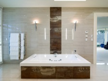 Bath irregular square shape