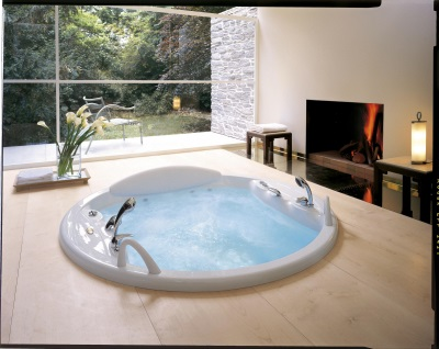 Jacuzzi for relaxation