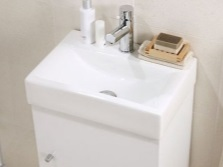 Surface washstand white 40 cm wide with a pedestal
