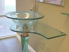 Wash glass on one support leg for the bathroom