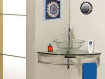 Suspended glass sink