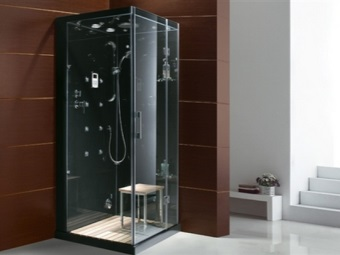Advantages showers with hydromassage