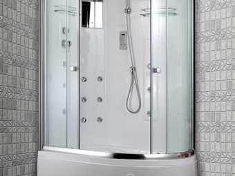 Asymmetric shower