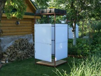 Outdoor showers for cottages