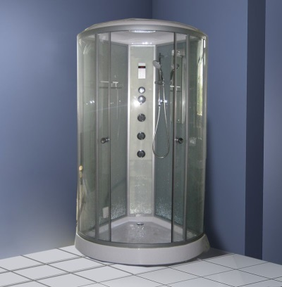 Plastic shower with a steam generator