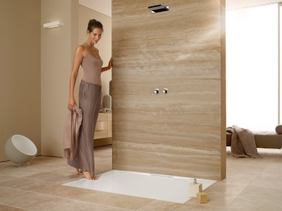 Selecting a location for the shower tray