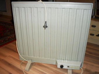 Oil heater for the bathroom
