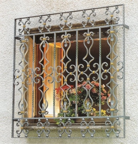 Wrought iron lattices