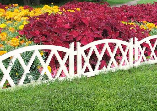 Plastic Fence for flower beds