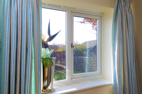 What to choose plastic windows