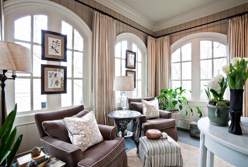 Tende alle finestre ad arco foto e idee di design - Tende per finestre alte ...