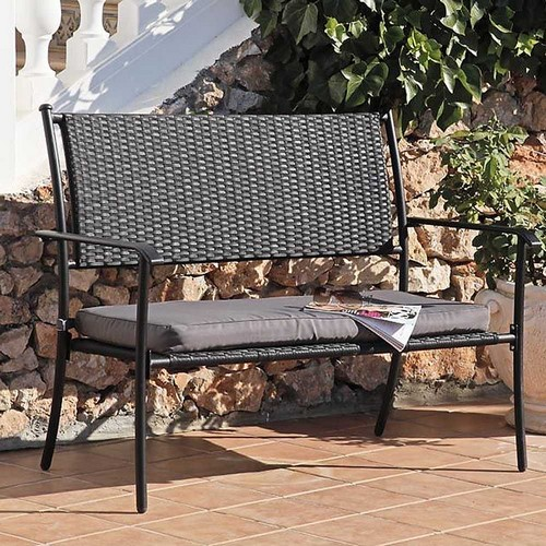 Wicker furniture for the garden - bench