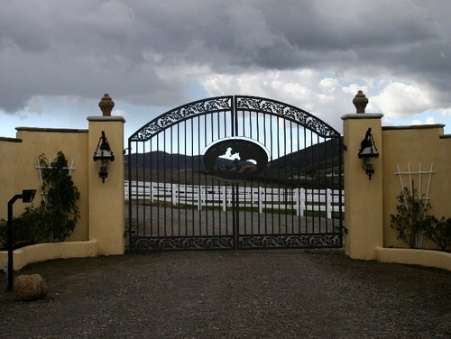 wrought iron gates pictures