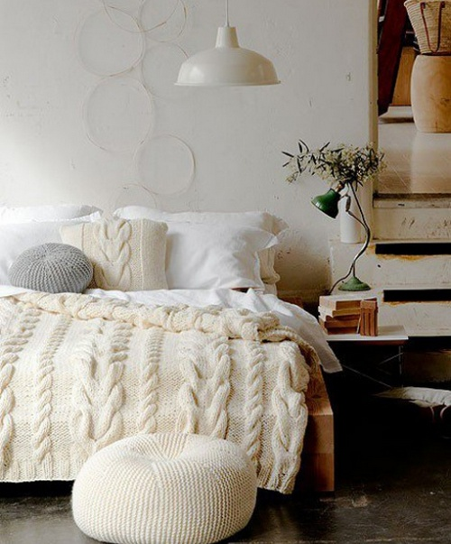 knitted decorative pillows and bedspreads for interior