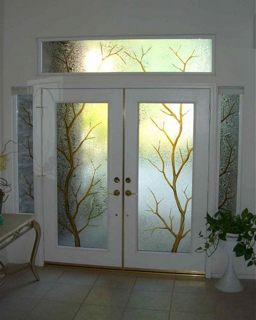 Entrance doors with glass inserts