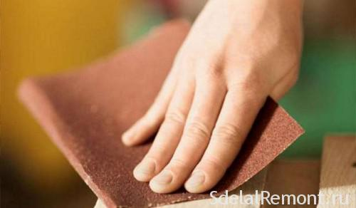 Processing of furniture with sandpaper