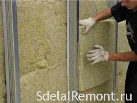 How to insulate a wall in the corner room