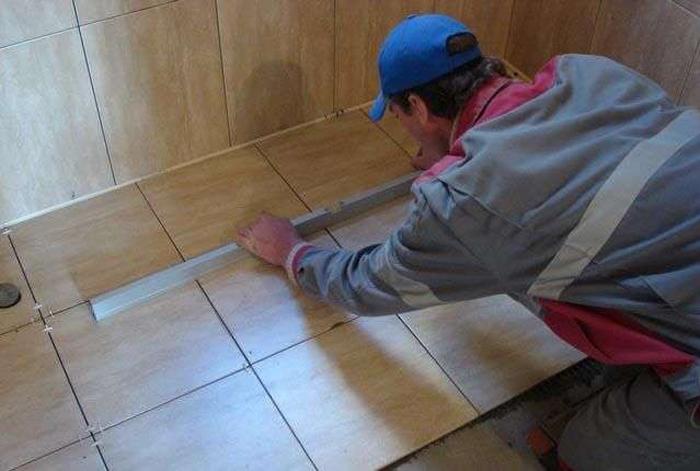 How to put floor tiles