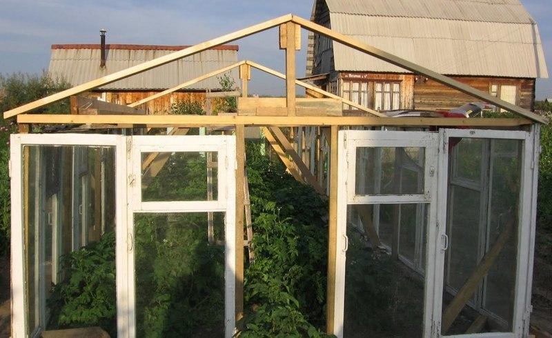 Как сделать крышу для теплицы 662