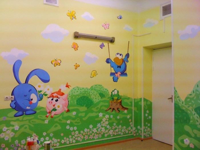 Покрасить стены в детской своими руками 97