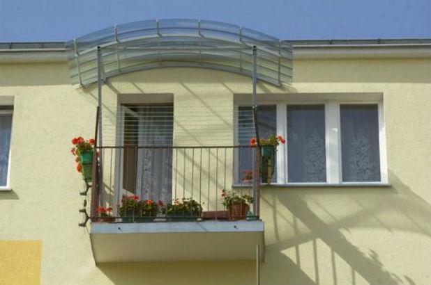Как сделать козырек над балконом своими руками: виды балконн.
