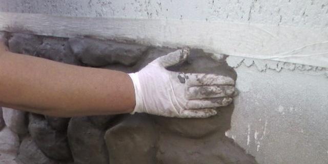 Как штукатурить цоколь своими руками 50