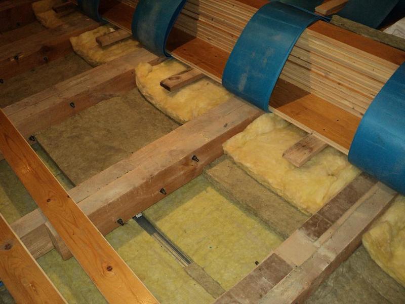 Шумоизоляция стен в деревянном доме - причины низкой