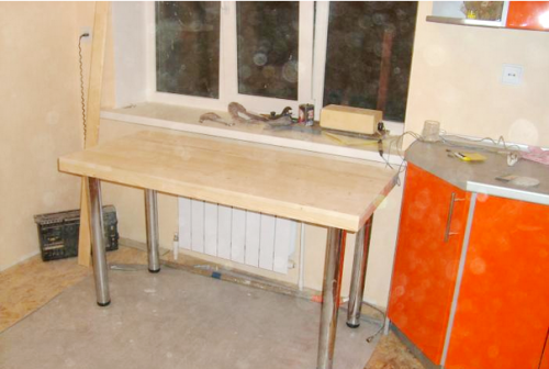 Кухонный стол со своими руками 88